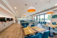 4* Akadémia Hotel Balatonfüred panorámás étterme tele finomságokkal