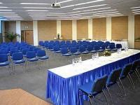 Konferencia szálloda Siófokon - CE Plaza Hotel konferenciaterme a Balatonnál