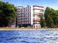Siófok Hotel Hungária közvetlenül a Balaton partján