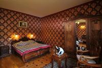 Fried Kastélyszálló - elegáns kétágyas szobák és lakosztályok egyedülálló berendezéssel Simontornyán
