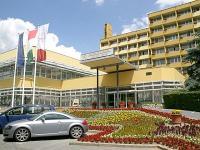 Szállás Hévíz - Hotel Helios, háromcsillagos, felújított szálloda Hévízen
