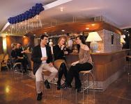 Carbona Hotel Hévíz - bár - Termál Hotel  hévizi gyógyfürdő közelében