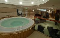 5* Hotel Divinus Debrecen -  wellness részleg pezsgőfürdője