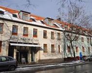 Három Gúnár Hotel**** és Rendezvényház - négycsillagos szálloda Kecskemét belvárosában