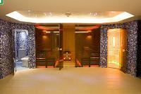 Hotel Zenit Balaton - a szálloda szaunavilága finn szaunával, infra-, fény, és aromakabinnal, gőzfürdővel