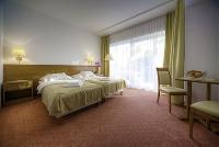 Szép 2 ágyas szoba a Balatonszárszói Két Korona Wellness és Konferencia szállodában, wellness hétvége Balatonszárszon