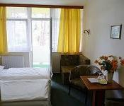 Nostra Hotel Siófok akciós hotel szobája félpanziós ellátással közel a Balatonhoz
