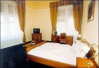 Akciós szabad kétágyas szoba a belvárosi Unio Hotelben