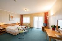 Vital Hotel Zalakaros, szép, nagy, tágas szobája akciós áron félpanzióval