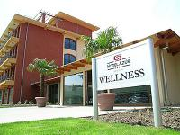Hotel Azúr konferencia és wellness hotel Siófokon a Balatonnál