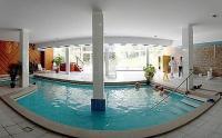 Hotel Fit Heviz - a négycsillagos wellness szálloda beltéri spa relax gyógyvizes medencéje Hévízen